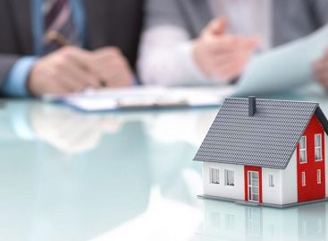 Differences in Borrowing from Banks vs Estate Agent Mortgage Advisors