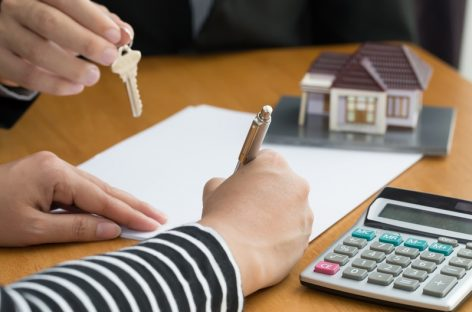 Which are the best financial institutions that provide the home loan at a low-interest rate in India?