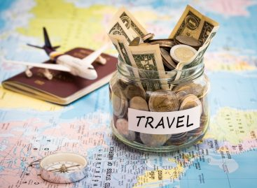 Top Tips For Traveling Safely Financially